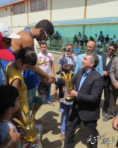 مراسم اهداء جوایز تیم های برتر مسابقات والیبال ساحلی انتخابی تیم ملی نیروهای مسلح