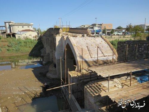 بازدید مشترک فرماندار و نماینده مجلس از پل باستانی و تعریض پل باهنر شهر آق قلا