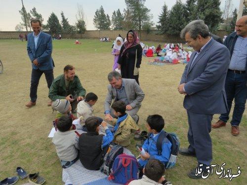 بازدید فرماندار شهرستان آق قلا از دبستان بعثت روستای قوشجان آباد