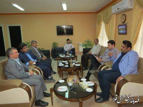 جلسه امکان سنجی احداث نیروگاه برق خورشیدی 10 مگاواتی در شهرستان آق قلا