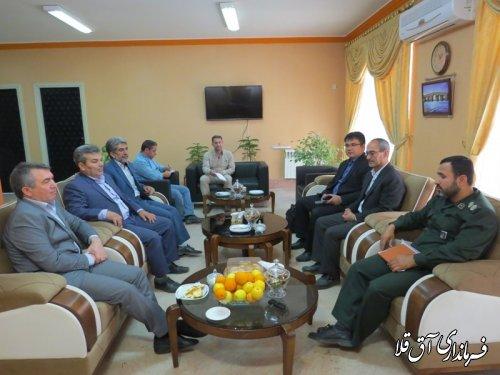 جلسه بررسی وضعیت سوله های ورزشی صالحین در شهرستان آق قلا