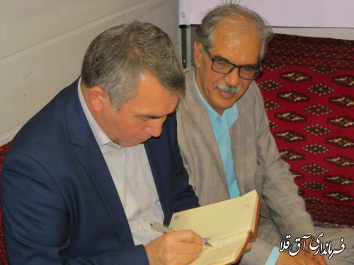 بازدید فرماندار شهرستان آق قلا از نمایشگاه مطبوعات و رسانه های استان