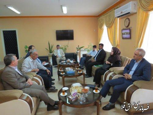 فرماندار شهرستان آق قلا با مدیر عامل بانک کشاورزی استان نشست مشترک برگزار کرد