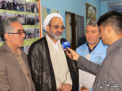معاون وزیر آموزش و پرورش از مدارس کانکسی شهرستان سیل زده آق قلا بازدید کرد