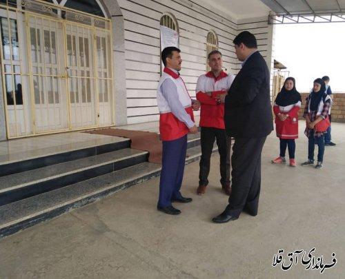 فرماندار شهرستان آق قلا از کاروان سلامت مستقر در روستای یلمه خندان بخش مرکزی بازدید بعمل آورد