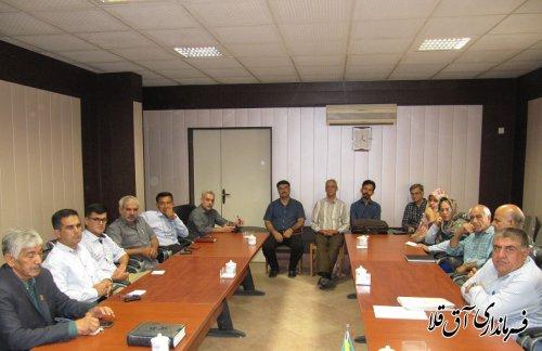 توسعه سیاسی در گرو وحدت،همدلی و همگامی احزاب با دولتمردان است