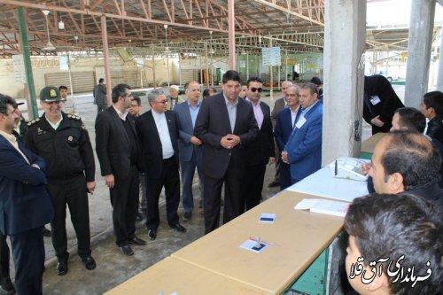 فرماندار و رئیس هیات اجرایی از شعبات اخذ رای بازدید بعمل آورد
