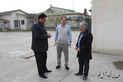 فرماندار و رئیس ستاد انتخابات از ادارات برق،شهرداری و مخابرات شهرستان آق قلا بازدید بعمل آورد