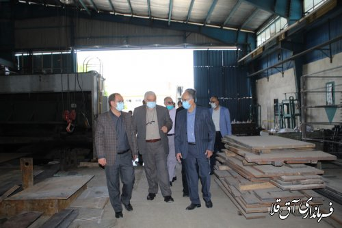 سرپرست فرماندار و مسئولین قضائی از واحدهای تولیدی شهرک صنعتی آق قلا بازدید کردند
